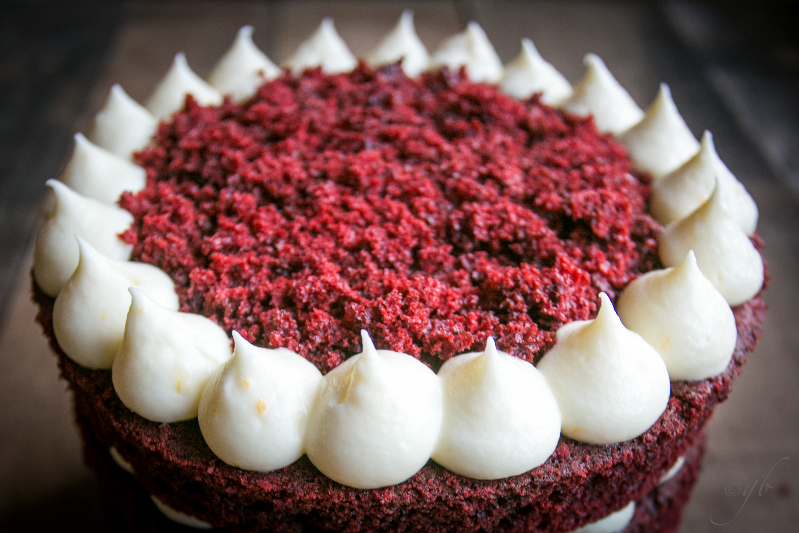 Red Velvet cake, the american recipe with cream cheese frosting
