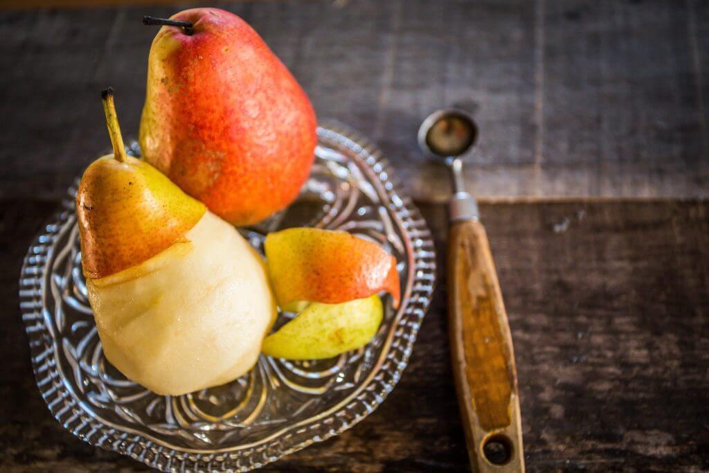 Pear tart with frangipane cream
