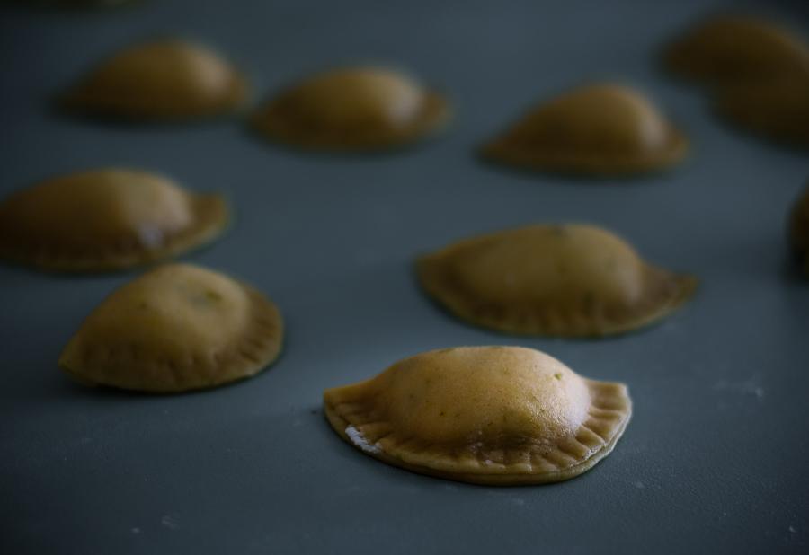 cassatelle palermitane alla ricotta e gocce di cioccolato