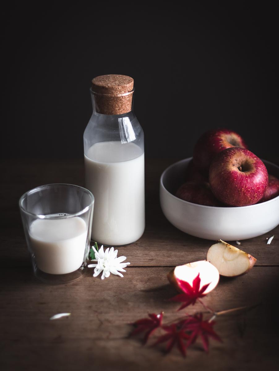 Blitz di mele soffice con latte e rum, la ricetta tedesca