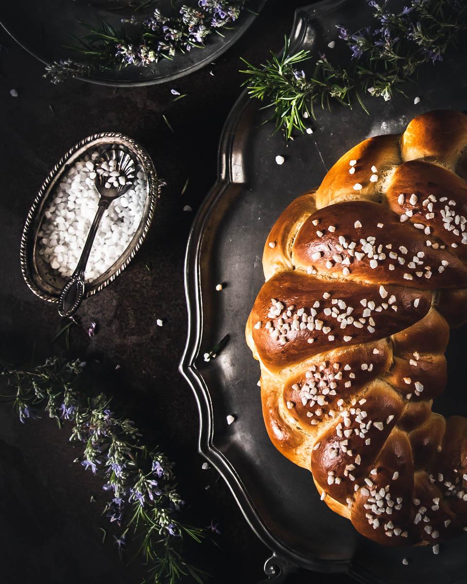 Pan brioche intrecciato a 5 capi
