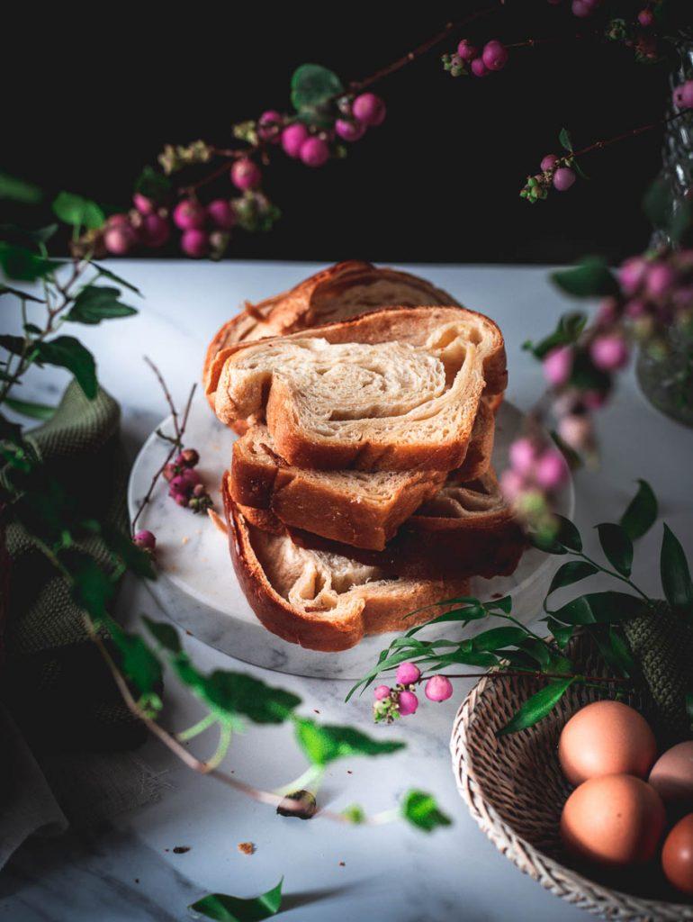 Brioche sfogliata al miele e burro salato