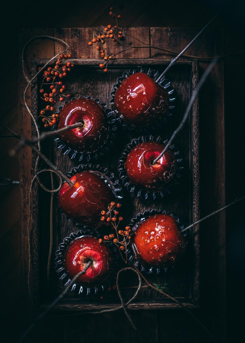 Le mele rosse caramellate di Biancaneve