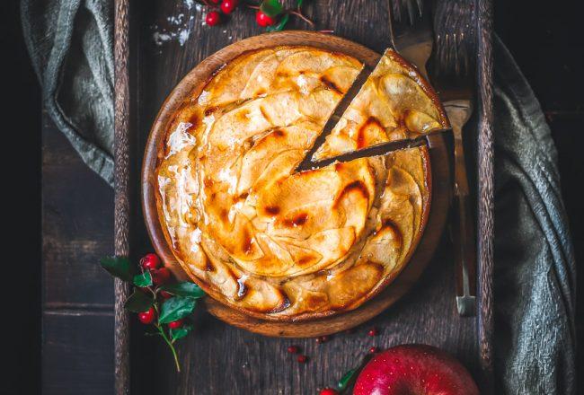 Ricetta torta di mele francese con gelatina alla cannella